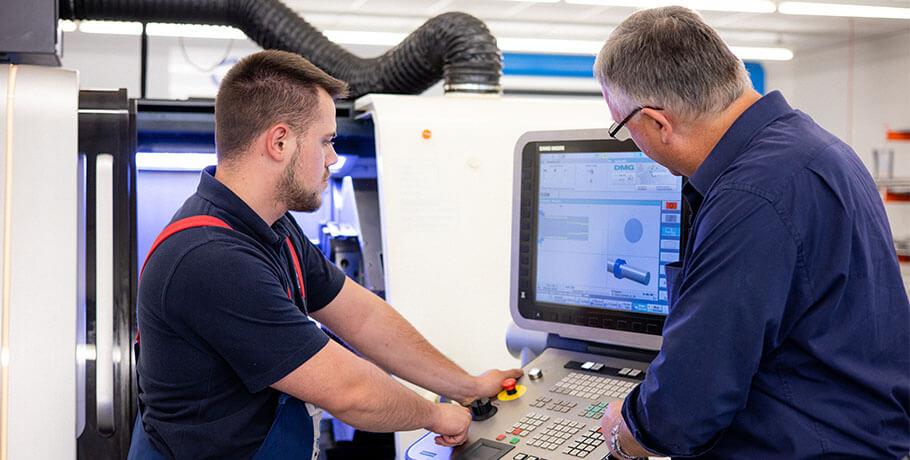 Cutting Machine Operator